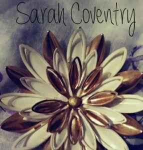 Sarah Coventry Daisy Brooch